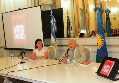 Carlos Vilas presento el libro