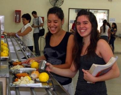 Unlp el comedor universitario retoma sus actividades for Comedor universitario unlp